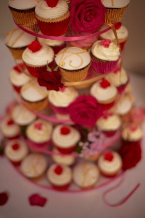 The cupcake wedding cake